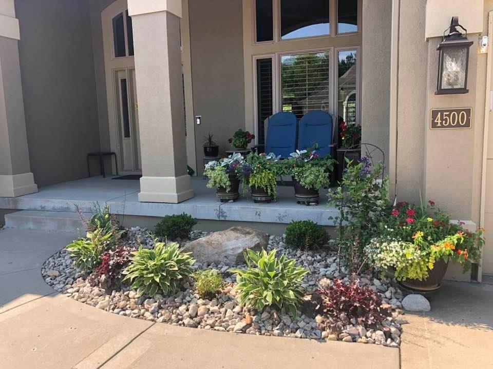 1_07_13_2021-Landscape-of-Week-front-porch-area